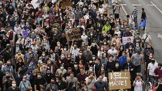 Tüntetés a sajtószabadságért és az Index mellett július 24-én Budapesten