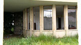 Restos del consulado venezolano en Bogotá, abandonado y saqueado