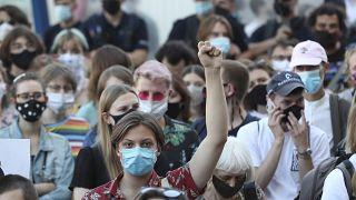 İstanbul Sözleşmesi'nden ayrılacağını duyuran Polonya hükümetine karşı gösteriler sürüyor