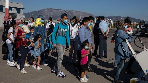 اتحادیه اروپا پناهچویان آسیبپذیر را به آلمان و فنلاند منتقل میکند