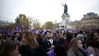 مسيرة في باريس في شهر تشرين الثاني/نوفمبر الماضي للتنديد بالعنف الأسري في فرنسا