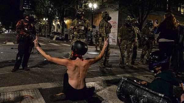 Manifestantes têm confrontado as tropas federais mobilizadas em Portland