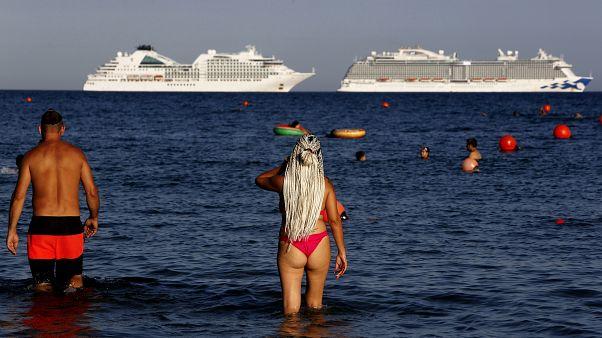 Κύπρος: Καμπανάκι από τα αυξημένα κρούσματα κορονοιού
