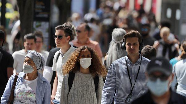 Royaume-Uni : le port obligatoire du masque fait des récalcitrants