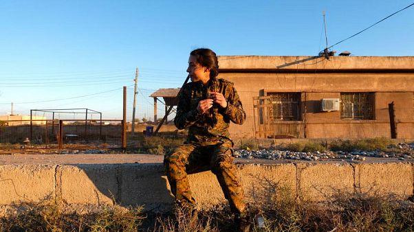 """Una italiana que luchó junto con los kurdos contra el Estado Islámico condenada por """"peligro social"""""""