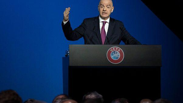 """القضاء السويسري يفتح تحقيقاً جنائياً بحق رئيس فيفا بتهمة """"السلوك الإجرامي"""""""
