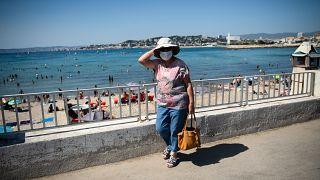در زمان اوج گرما چگونه از ماسک میتوان استفاده کرد؟