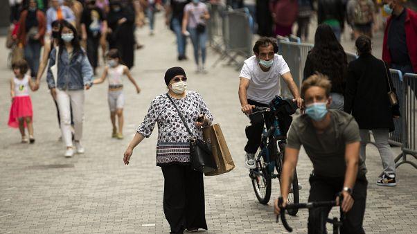 شارع نوف التجاري في وسط مدينة بروكسل، الاثنين، 27 يوليو2020.