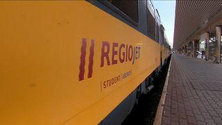 Composição da Regiojet que ligou pela primeira vez Budapeste a Praga
