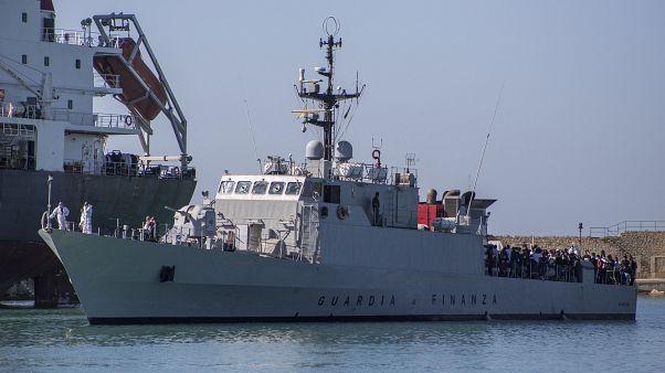 La isla de Lampedusa pide apoyo a Roma ante el colapso del centro de migrantes
