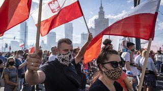 La Polonia celebra l'anniversario della Rivolta di Varsavia. In piazza contro il totalitarismo