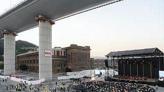 Az új híd építőinek tiszteletére rendezett koncert július végén