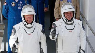 دو فضانورد دراگن از سفر تاریخی به زمین بازگشتند