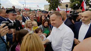 Πολωνία: Έγκυρη η επανεκλογή Ντούντα με δικαστική απόφαση