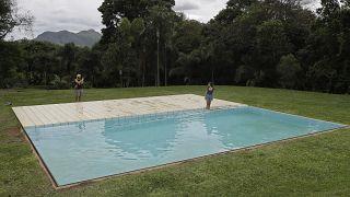 """El boom del alquiler de piscinas entre particulares en España: """"Hasta 550 euros por día"""""""