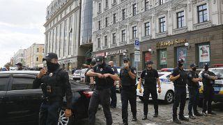 Ουκρανία: Μπήκε σε τράπεζα και κρατούσε υπάλληλο όμηρο