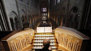 Philippe Lefebvre à l'orgue de Notre-Dame en 2013