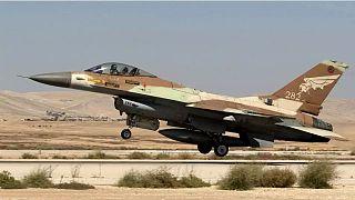İsrail, Şam'da Suriye ordusuna ait hedeflere saldırı düzenledi