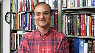 Profesör Ahmet Kuru