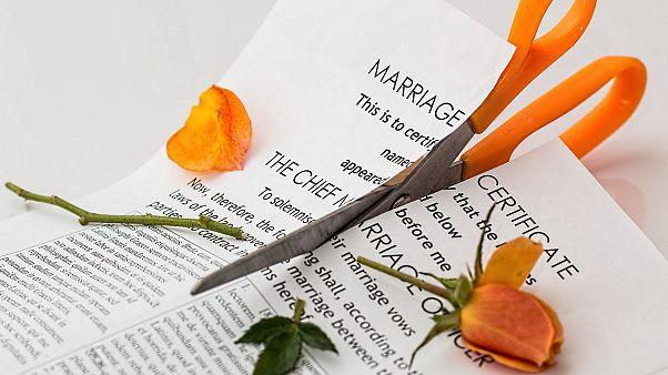ارتفاع معدلات الطلاق في بلجيكا بعد تخفيف إجراءات الإغلاق