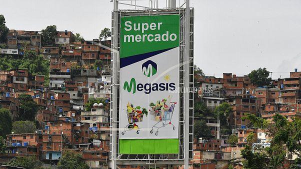 Το πρώτο ιρανικό σούπερ μάρκετ στο Καράκας άνοιξε τις πύλες του στις 24 Ιουλίου.