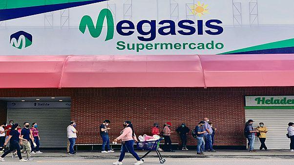 ميغاسيس، أول سوبر ماركت إيراني في فنزويلا