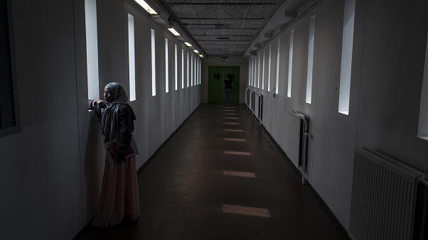 Hollanda'da mülteci kampına çevrilen eski bir hapishane, arşiv