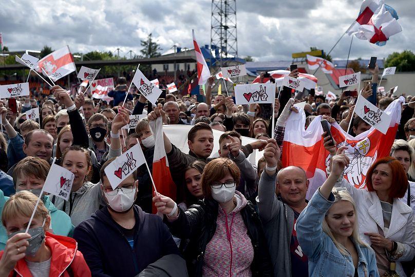 I comizi della Tikhanovskaya sono stati seguiti da decine di migliaia di bielorussi