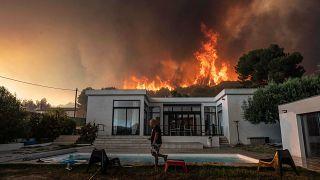 L'incendie sur les hauteurs de La Couronne, près de Marseille, le 4 août 2020