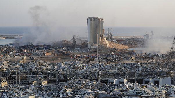 Las impactantes imágenes de la explosión en el puerto de Beirut que sembró la muerte