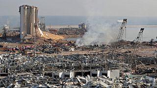 آثار الدمار الذي خلفه الانفجار