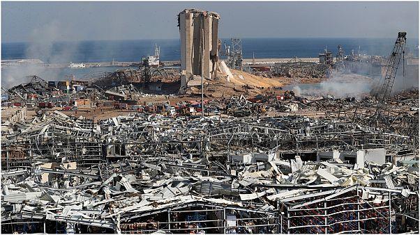 آثار الدمار الذي خلفه الإنفجار بمرفأ بيروت-لبنان