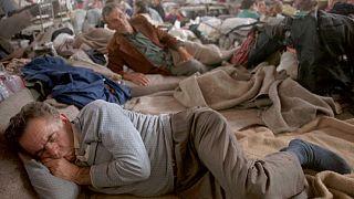 Szerb menekültek az ENSZ menekültszállásán, a horvátországi Kninben