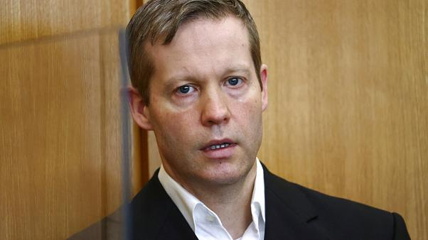 Almanya'da Kassel Valisi Walter Lübcke'yi öldürdüğü suçlamasıyla yargılanan aşırı sağcı Stephen Ernst