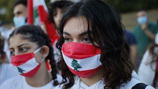 Lübnanlılar Beyrut'taki patlamada ölenlerin yasını tutuyor