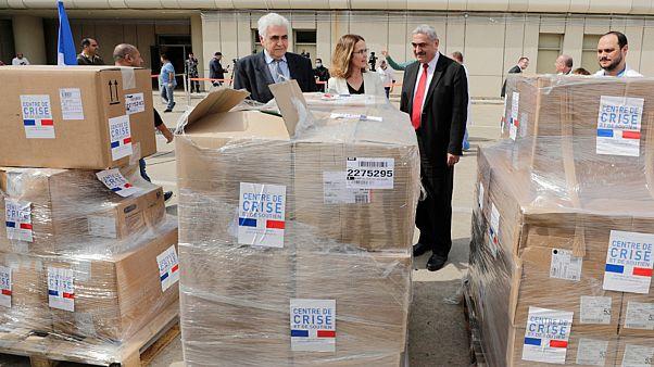 مساعدات فرنسية وصلت إلى بيروت