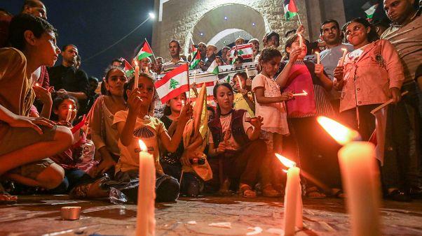 اعلام همبستگی با مردم بیروت از تهران تا پاریس
