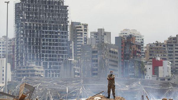 Beyrut'taki patlamada en az 145 kişi hayatını kaybetti, şehrin bazı mahalleleri harabeye döndü.