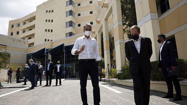 Στο Υπουργείο Μεταφορών ο Έλληνας πρωθυπουργός Κυριάκος Μητσοτάκης