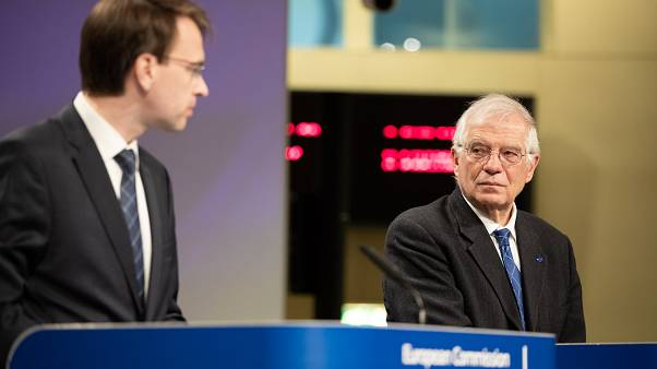 Josep Borrell Fontelles, on the right, and Peter Stano, Lead Spokesperson of the European Commission for Foreign Affairs