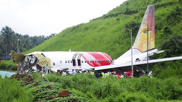Tragedia aérea en India: aumentan a 18 los fallecidos y más de 100 pasajeros hospitalizados