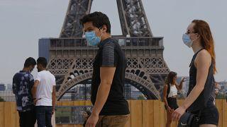 Масочный режим в Париже