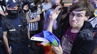 """""""Всех не пересажаете!"""" - протест ЛГБТ в Польше"""