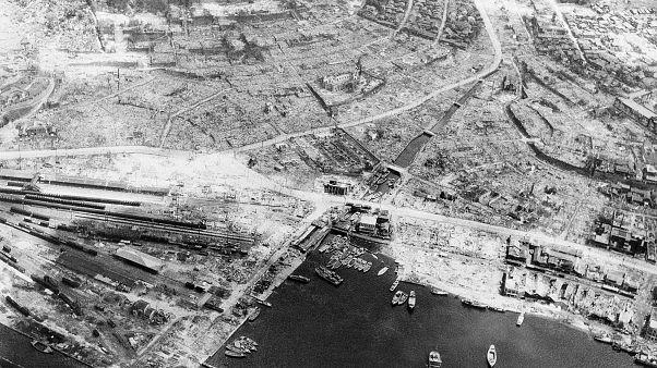 دمرت القنبلة الذرية ناغاساكي بشكل شبه كامل