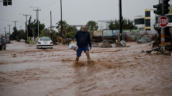 Inondations en Grèce : sept personnes décédées dont un bébé de huit mois
