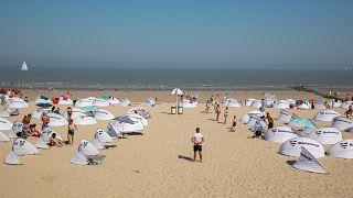 Massenschlägerei am Strand: Blankenberge verbannt Tagestouristen