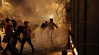 Nova noite de protestos no Líbano