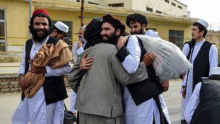 إطلاق سراح سجناء ينتمون لطالبان
