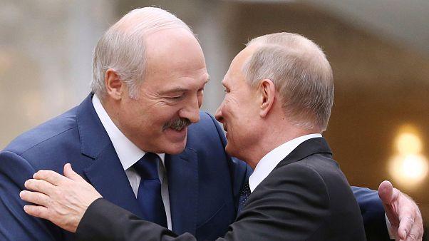 Lukaşenko ve Putin uzun yıllardır yakın siyasi ilişkilere sahip.