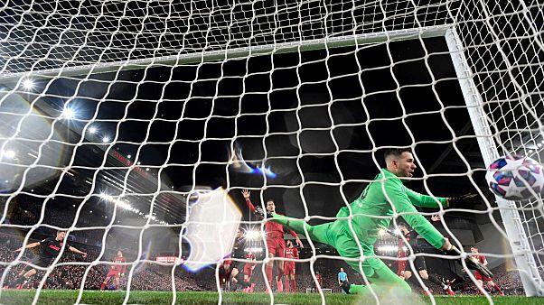 مباراة إياب دور الـ16 لدوري أبطال أوروبا لكرة القدم بين ليفربول وأتلتيكو مدريد على ملعب أنفيلد في ليفربول، شمال غرب إنجلترا، 11 مارس 2020